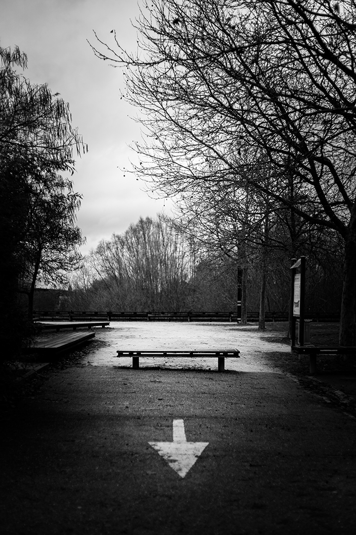 The-arrow-and-the-bench_by_sylphire