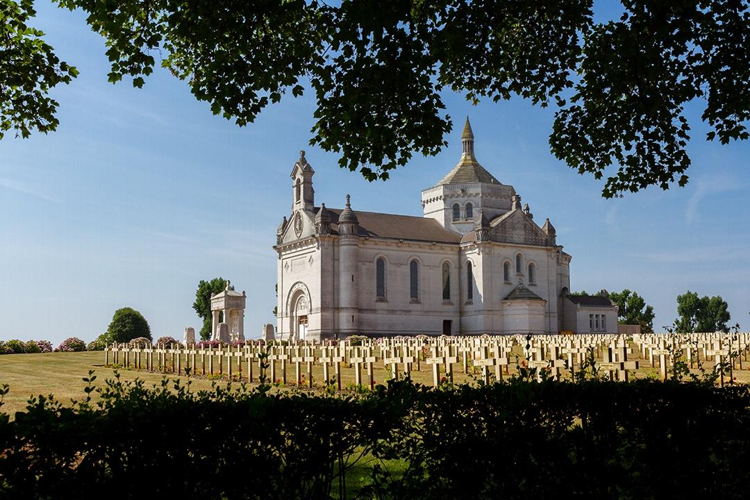 Notre-Dame-de-Lorette_by_sylphire