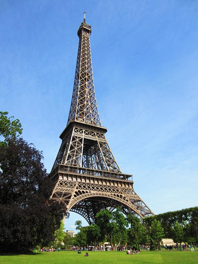 Tour-Eiffel_by_sylphire